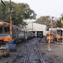 タイ国鉄の旅 4 - マハーチャイ線の通勤列車