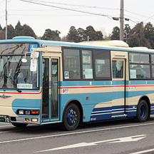 東洋バス70号車 創立70周年記念の復刻塗装車両