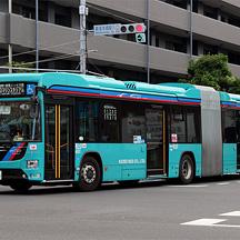 京成バス 新都心営業所に新型連節バス(3代目)が登場